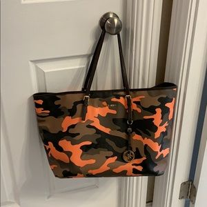 Michael Kors Jet Set Poppy Camo Tote and Wallet